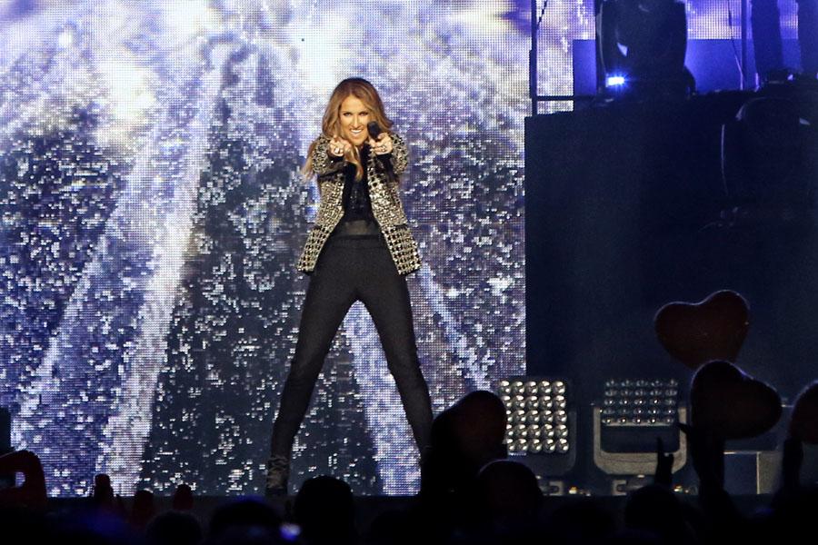 Céline Dion - Céline Dion - 23 juni - GelreDome (Uitverkocht).